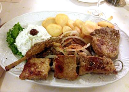 griechischer Grillteller