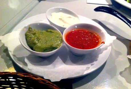 Sour Cream, Salsa und Guacamole-Dip